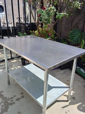 Stainless steel Table for Sale in Baldwin Park, CA