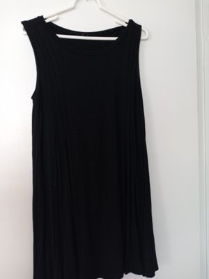 Black medium open dress in back with fringes for Sale in Ormond Beach, FL