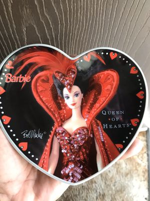 BARBIE QUEEN OF HEARTS PLATE/5 BUCKS for Sale in Maywood, CA