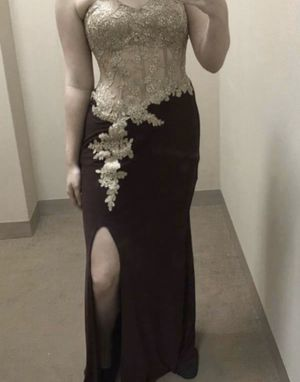 gold and burgundy prom dress for Sale in Pasadena, TX