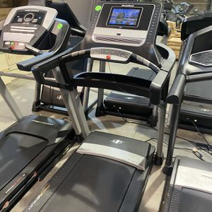 NordicTrack Elite 1000 Treadmill for Sale in Peoria, AZ