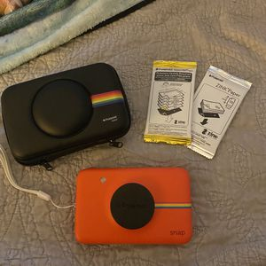 Polaroid Snap camera for Sale in Bridgeport, CT