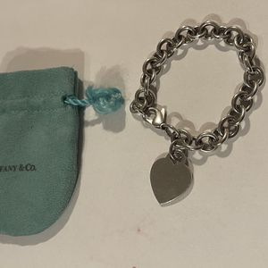 Authentic Tiffany & Co Sterling Silver Heart Bracelet for Sale in Fort Lauderdale, FL