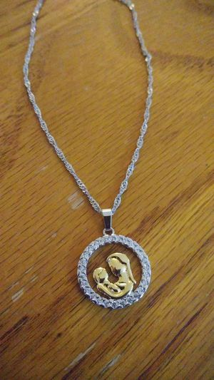 New mom and child .925 sterling silver necklace for Sale in Owatonna, MN
