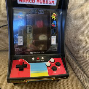 Mini Arcade Game for Sale in Boca Raton, FL