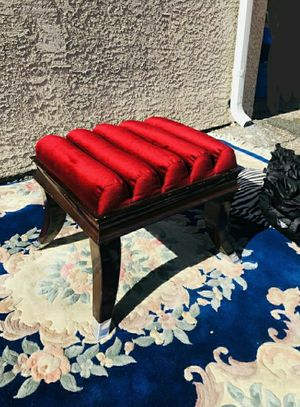 Beautiful Red Bench/ Vanity Stool for Sale in Las Vegas, NV