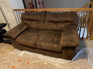 Couch for Sale in Bakersfield, CA