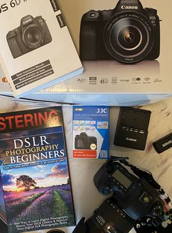 Like NEW Canon 6D Mark II for Sale in Graham,  WA