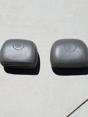 Cadillac Escalade2003 2004 2005 2006 OEM leather headrest (( Top part only 2 of them )) for Sale in Montclair, CA