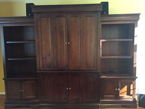 3 piece cherry entertainment center for Sale in Quakertown, PA