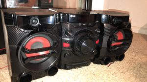 Stereo for Sale in Reedley, CA
