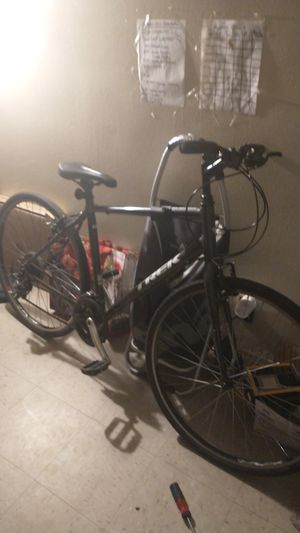 Trek mountain bike for Sale in Brooklyn, NY