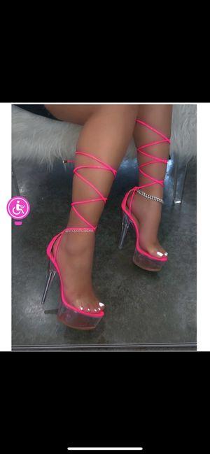 Size 9 hot pink heels never worn for Sale in Norfolk, VA