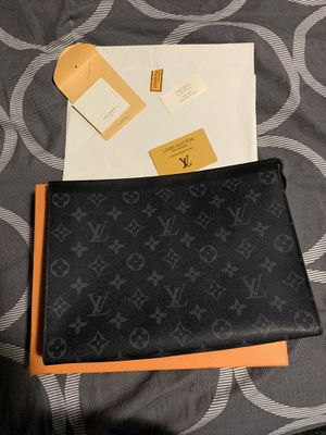 Louis Vuitton clutch for Sale in Lorain, OH
