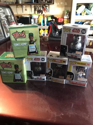 Boble heads and funko pops. for Sale in Fresno, CA