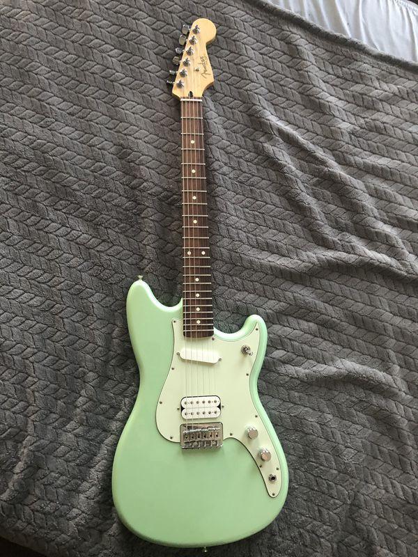 Fender Duo Sonic Electric Guitar