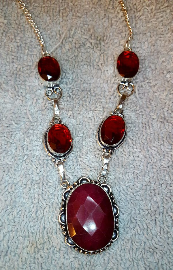 Beautiful Cherry Ruby and Garnet Gemstone Necklace