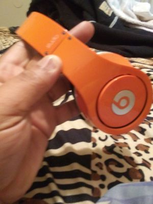 Studio beats by Dre dont have the original aux cord but do have a replacement for Sale in Denver, CO