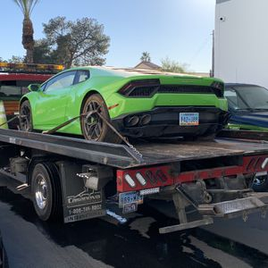 Tow Truck Flatbed Internacional for Sale in North Las Vegas, NV