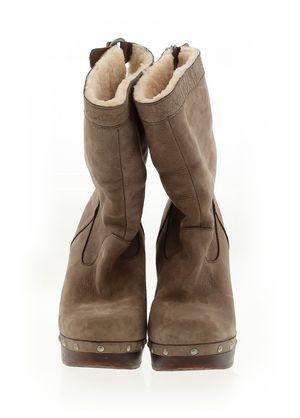 Uggs Australia boots for Sale in Tacoma, WA