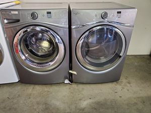 whirlpool washer and gas dryer for Sale in Tustin, CA