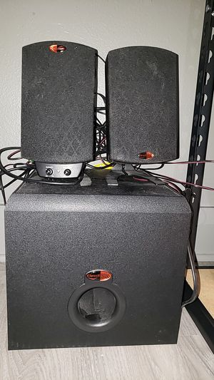 Speakers and amp for Sale in Tampa, FL