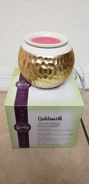 Scentsy Goldsmith wax warmer for Sale in Miami, FL