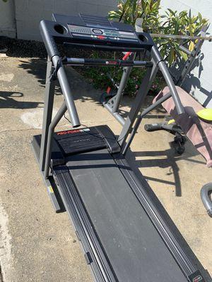 Works fine for Sale in Artesia, CA