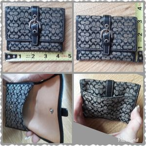$5 small coach change / cardholder wallet for Sale in Stickney, IL