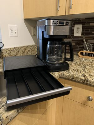 Coffee Maker with K-cup holder for Sale in Silver Spring, MD
