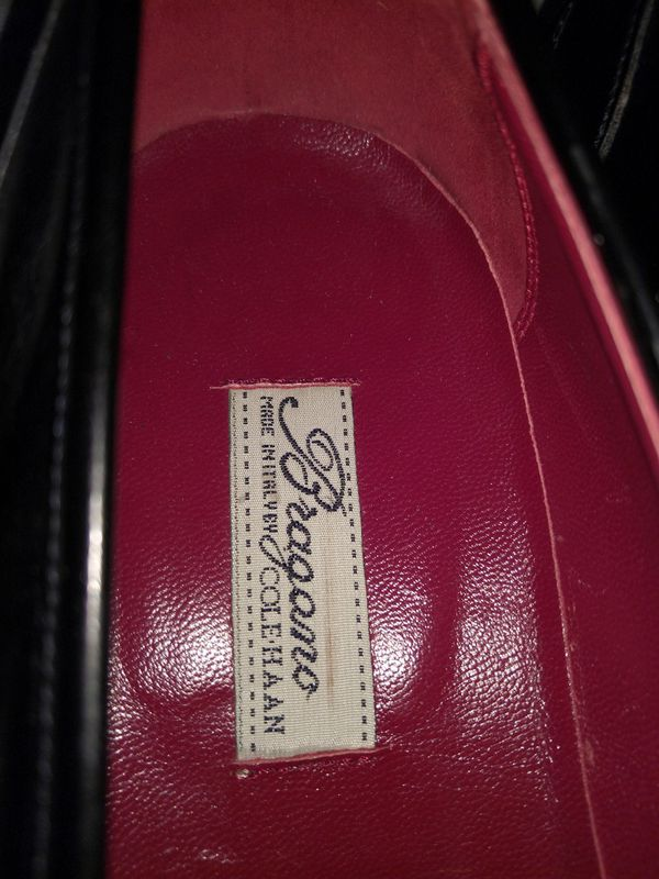 Brogano by Cole Haan size 9 Loafer