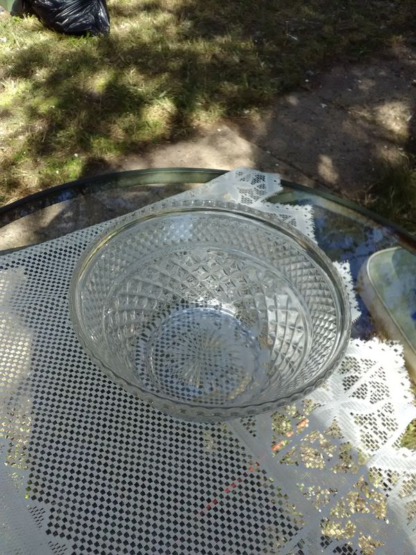 Crystal cut glass serving bowl