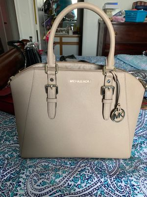 Michael Kors Purse for Sale in North Richland Hills, TX