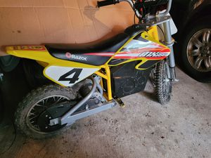 MX 650 electric Razor Dirt bike for Sale in MENTOR ON THE, OH
