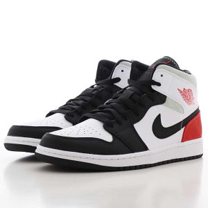 Air Jordan 1 Mid SE White/Track Red/Black/Igloo Grade School Size 7Y (fits Women's 8.5y) **DEADSTOCK for Sale in Lynnwood, WA