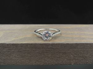 Size 8.25 Sterling Silver Fancy Cubic Zirconia Band Ring Vintage Statement Engagement Wedding Promise Anniversary Bridal Cocktail Friendship for Sale in Lynnwood, WA