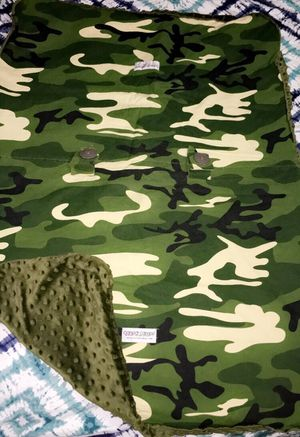 Camo Car Seat Canopy for Sale in Perry, GA