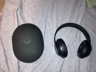 Beats Studio 3 Wireless for Sale in Piscataway,  NJ