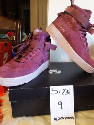 NIKE SIZE 9 MEN for Sale in Highland, CA