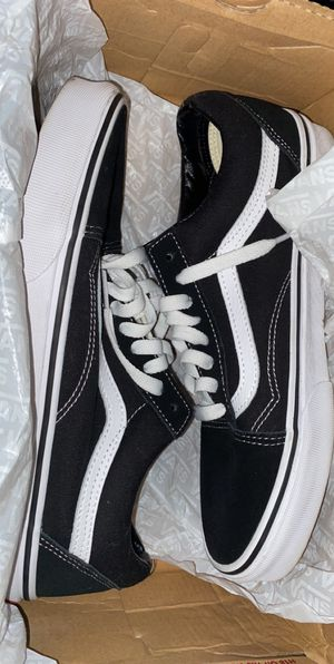 Vans Black/White for Sale in Fresno, CA