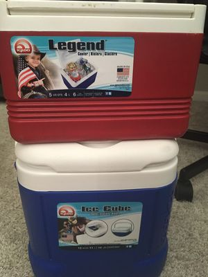 2 ice cooler for Sale in Fort Lauderdale, FL