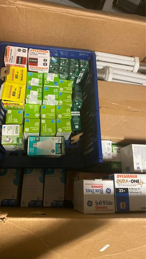 Free lights CFLs compact fluorescents for Sale in Fontana, CA