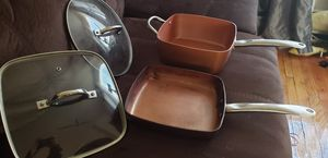 COPPER CHEF FRYING PAN ,DEEP SQUARE HOLDS 4.5 QUART PAN POT, 2 LIDS COOK OVER GAS, ELECTRIC I WOULD ALSO PUT THEM IN THE STOVE WITHOUT LIDS. for Sale in Parsippany, NJ