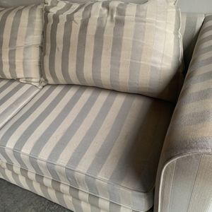 Free Couch for Sale in Tacoma, WA
