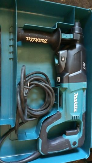 Makita COMBiNATION HAMMER Model HR2621 for Sale in Bellevue, WA