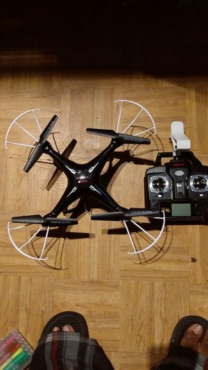 Syma drone 2.4G with fpv camera for Sale in San Diego, CA