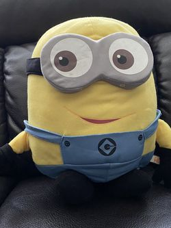 1 FT Despicable Me Minion Dave Large Plush Toy for Sale in Auburn,  WA