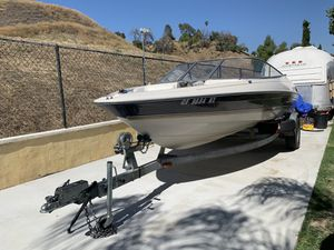 1996 Bayliner Open Bow LS2050 boat for Sale in Lake View Terrace, CA