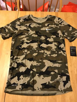 Brand new Nike sportswear dry camo shirt military training men's large L for Sale in La Mesa, CA