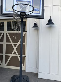 Lifetime Basketball Hoop for Sale in Damascus,  OR